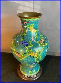 A Large Chinese Cloisonne Enameled Flowers Vase, Republic Period