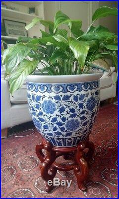 Large Chinese Vase Blog Archive
