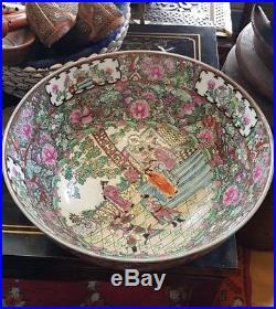 Large Antique Chinese Ceramic bowl famille rose