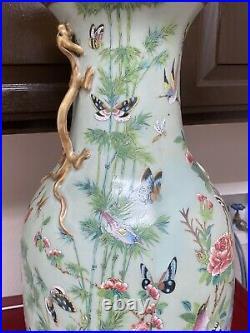 Superb Antique Chinese celadon Famille Rose large vase